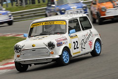 mighty mini-258 (Roadsternumber6) Tags: race austin mini rover super cooper hatch mighty minis brands