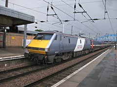 East Coast Class 91 91111 - Peterborough (the mother '66' 66001) Tags: peterborough eastcoast 91111 class91