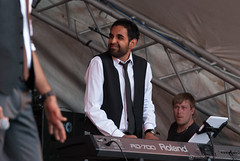 Rax Timyr Productions presents Nilesh Thakore - London Mela 2013 (Manoj Vimalassery) Tags: london person concert unitedkingdom bbc artists mainstage gunnersburypark 70200f28 londonmela 70200mmf28 nikon70200f28 bbcasiannetwork londonmela2013 nileshthakore