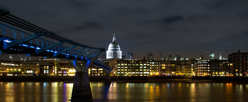 Millenium Bridge & St. Paul-1