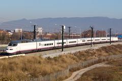 AVE s-100F (Escursso) Tags: barcelona paris train tren spain ave esp tgv riu mollet besòs molletdelvallès s100f velaro