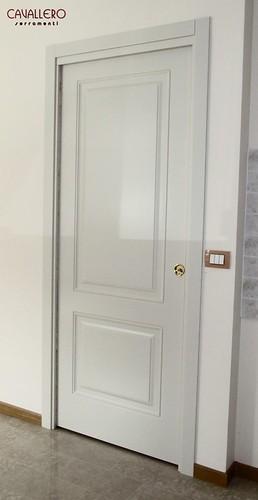Porta interna scorrevole a due pannelli 111CP