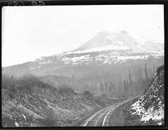 SP682 (barrigerlibrary) Tags: railroad library sp southernpacific barriger {vision}:{mountain}=0644 {vision}:{clouds}=0626 {vision}:{car}=0542 {vision}:{sky}=0694 {vision}:{ocean}=0508 {vision}:{outdoor}=0965