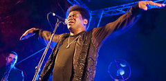 Charles Bradley - live at Enlighten - part 1 (screenstreet) Tags: soulmusic tamron2875mm tamron2875mmf28 colorefexpro charlesbradley soulandfunk enlightenfestival enlighten2014