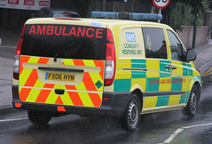 East Midlands Ambulance Service Mercedes Vito Community Response Unit 6931 (PFB-999) Tags: nottingham mercedes community ambulance east vehicle leds service van emas grilles midlands response unit a610 vito lightbar 6931 fendoffs fx06hyn