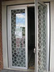 GENTLEMEN (streamer020nl) Tags: door holland netherlands entrance nederland mosque porte nl tr flevoland buiten mosk ingang deur almere niederlande gentlemen entree toegang herren moskee 2015 heren herrn eintritt almerebuiten evenaar