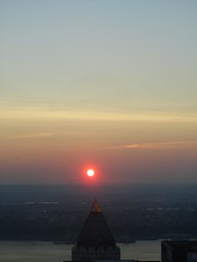 New York (Londrina92) Tags: sunset red sun newyork rockefellercenter sole rosso topoftherock totr