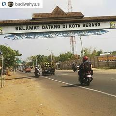 #Repost @budiwahyu.s ・・・ Hello KOTA SERANG, kota kelahiran & cerita masa kecil. #city #serang #welcome #Mudik #lebaran #wisata #traveling #silatuhrahmi #backpacker #1436H #hariraya #KotaSerang #Banten #Indonesia http://kotaserang.net/1J24vh9 (kotaserang) Tags: hello city indonesia welcome traveling backpacker cerita hariraya masa kota repost lebaran mudik kecil wisata kelahiran serang banten ・・・ kotaserang instagram ifttt httpwwwkotaserangcom 1436h silatuhrahmi budiwahyus