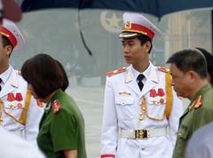 Guards in front of the Ho Chi Minh Mausoleum in Hanoi (xd_travel) Tags: vietnam 2015 natives hochiminhmausoleum guard military hanoi uniform menatwork