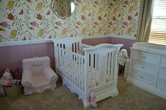 Erzen Little Girl Bedroom
