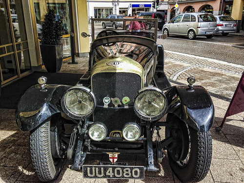Classic car Bentley front view