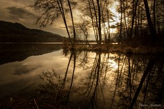 Warm balance (Pierrotg2g) Tags: reflets reflection water eau lac lake paysage landscape nature nikon d90