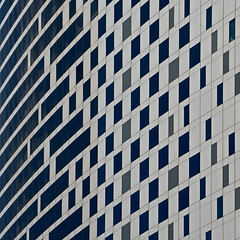 vanishing (UnprobableView) Tags: manuelmiragodinho unprobableview improbable architecture arquitetura square quadrado quadratum dubai