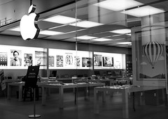An Apple a Day (Pamela Saunders) Tags: apple retail mall shopping mac technology burnaby