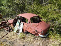 DSCN0967R (Flash 86) Tags: old abandoned car junk rust sweden bil vehicle sverige rost saab 96 skrot gammal skrotbil fordon vergiven skogsvrak
