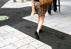 神保町 歩くひと Chiyoda-ku, Tokyo (ymtrx79g ( Activity stop)) Tags: street color slr film japan analog tokyo 35mmfilm fujifilm 東京 135 chiyodaku jinbocho 街 jimbocho roadsurface 神保町 写真 千代田区 銀塩 フィルム fujicast801 路面 fujicolor記録用400 fujifilmfujinonebc55mmf18 歩行走行 walkandrun 201307blog
