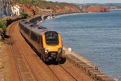 220 005 1V52 1018 York - Plymouth charges along the Sea Wall at Dawlish (1558) Sunday 18th August 2013 (Colin.P.Brooks Railway Photography & Frinton) Tags: seawall bombardier arriva dawlish arrivatrains dmu dieselmultipleunit class220 arrivacrosscountry dawlishseawall dmudieselmultipleunit voyaget sunday18thaugust2013