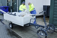 vrachtfiets-oude-pickup-werken (@WorkCycles) Tags: city electric modern trash workers rotterdam open transport pickup cargo collection assist prototype gemeente pallets fiets heavyduty ebike cargobike bakfiets elektrische oldversion transportfiets workcycles vrachtfiets pedalec