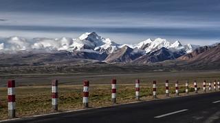 Road to Shisha Pangma