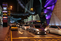 Malaysia-347 (Sean Maynard) Tags: people urban signs night shopping evening malaysia nightlife kualalumpur stores federalterritoryofkualalumpur