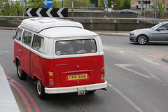 VW 5M5A8723 (kenjonbro) Tags: uk red england london vw volkswagen blackheath camper mobilehome a2 transporter a102 campervan minibus t2 microbus motorcaravan se3 caravanette worldcars a102m kenjonbro canoneos5dmkiii suninthesandsroundabout canonzoomlensef70300mm1456isusm
