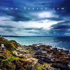 Woman by the Sea - Bretagne (seaveo) Tags: weather storm seaview sea clouds seaveo frankreich naturephotography trebeurden france ammeer natur nature normandy bretagne instagramapp square squareformat iphoneography clarendon bretagnetourisme ocean meer landscape landscapes landschaft landscapelovers landscapecaptures landscapephotography iclandscapes naturelover natureaddict natureshooters natureseekers natura francephotolovers realestate luxury luxuslife