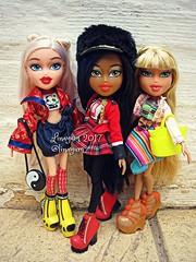 (Linayum) Tags: cloe bratzcloe sasha bratzsasha raya bratzraya bratz bratzdoll bratzstudyabroad mga doll dolls muñeca muñecas toys juguetes linayum