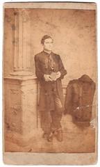 B... Z? (fotobarat966) Tags: man unknown cdv magyar gent úr hungarian portré oszlop ismeretlen férfiú vizitkártya egészalakos