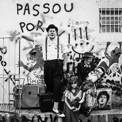 (leo.eloy) Tags: amigos 6x6 film familia teatro photography hasselblad negative despedida intimidade 2013 brancaleone leoeloy