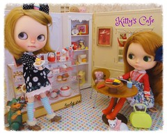 Sunday Morning at Kitty's Cafe (Kewty-pie) Tags: world house cakes cat vintage table tv dolls cookie chairs hellokitty kitty mini dresses scales jar kenner blythe custom rement cinta handbag licca kaiju weighing cakeshop bratz dorita foldup cakemixer knitmad toletole manjukun chuthings