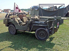 Willys MB Ambulance Jeep (1)