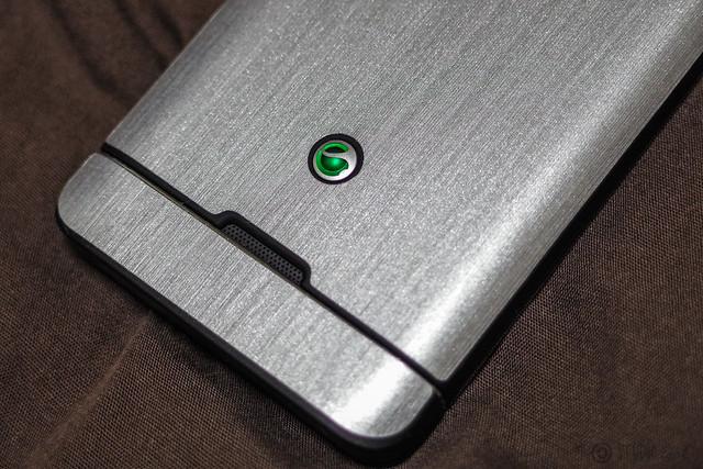 Silver Xperia SX