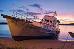 El Intrepido (David R Mata) Tags: sunset sky sun river landscape boat nikon barco venezuela land buque orinoco yate d5100