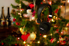 Shooting a present with a present #1 (Francesco Patroncini Photography) Tags: christmas house 35mm lights design aperture nikon colours bokeh interior marshall headphones d90 nikond90