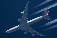 Cargolux Boeing 747 LX-VCF (Thames Air) Tags: cargolux boeing 747 lxvcf contrails telescope dobsonian overhead vapour trail