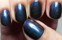 Avant Garde Lacquer I'm In A Glass Case Of Emotion (http://www.thepolishedhippy.com) Tags: blue black swatch nail polish indie avant garde shimmer scattered holographic varnish swatches lacquer holo duochrome multichrome