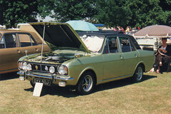 Ford Cortina 1600E - DYV 50J (Andy Reeve-Smith) Tags: ford cortina bedfordshire mk2 luton stockwoodpark 1600e festivaloftransport