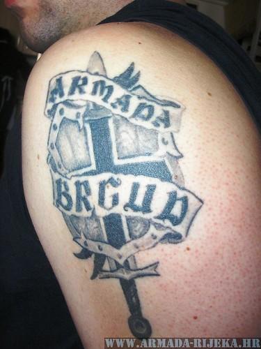 Tetovaže: Natpisi