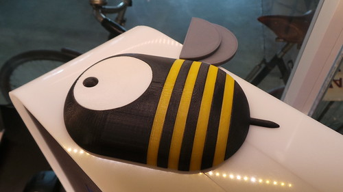 The BEEVERYCREATIVE BEE as multi-colour 3D-print