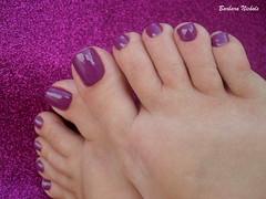 Colorama - Noite Quente (Barbara Nichols (Babi)) Tags: pés colorama noitequente roxo purple purplenailpolish purplenails feet