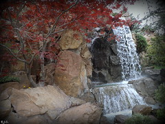 *Chinese Garden* (army-brat) Tags: mountain waterfall chinesegarden montrealbotanicalgarden