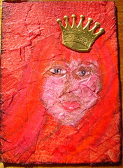 ATC The Red Queen 250613 Traded (ladychiara) Tags: red face atc lady mixedmedia queen neocolours
