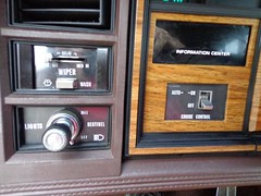 1985 Cadillac Seville (smokuspollutus) Tags: brown exterior interior champagne seville cadillac cloth 1985 v8 fwd tutone lightbrown kbody twilightsentinel ht4100