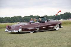 Cadillac 1949 (Drontfarmaren) Tags: show classic cars car vintage big gallery power sweden 5 cadillac american coverage friday meet bilder 1949 västerås jun fredag galleri 2013 poctures drontfarmaren
