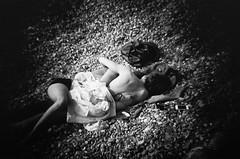 (Gustavo Minas) Tags: street uk england bw film praia beach lens photography pier holga brighton rua