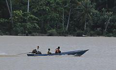 Kuala (ghafaraziz) Tags: kuala perahu