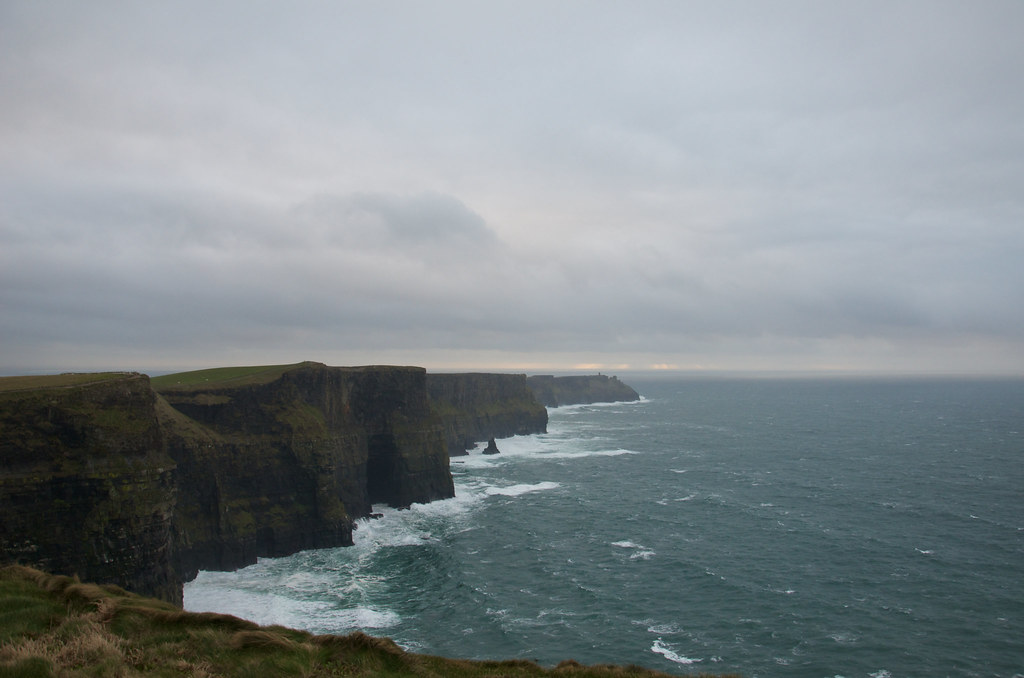 фото: At the edge of the world (The Cliffs of Moher)