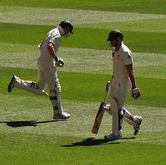 Hello/Goodbye (Smith-Bob) Tags: christmas xmas england test sport out festive hope peace johnson boxingday australia melbourne cricket give peter ashes mitchell tradition batting mcg batsman testcricket 2011 siddle sillyseason theashes theg batsmen festiveseason boxingdaytest mitchelljohnson petersiddle