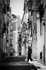 . ([ changó ]) Tags: street people bw white black byn blanco portugal person persona shot gente walk lisboa lisbon negro bn persone elder bianco nero lisbona portogallo streetshot camminare wwwriccardoromanocom