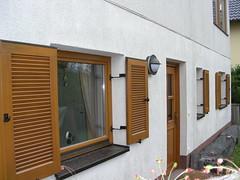 Restaurierung u. Anstrich Holzfassade 009